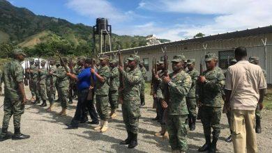 Des soldats en treillis de larmée dHaiti FADH. Photo Ministère de la Defense Facebook