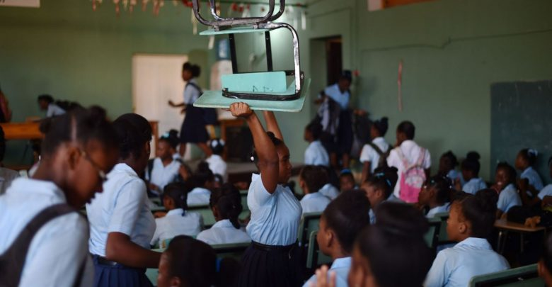 Le lycée de Fonds Verettes au bord du gouffre les élèves protestent