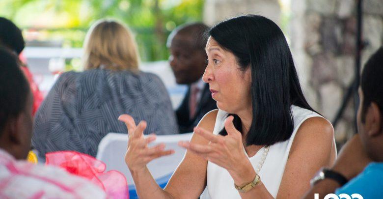 l'ambassadeur des Etats Unis en Haiti Michele J. Sison Photo Estailove St val Loop Haiti