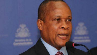 Ronald Décembre ministre de léconomie et des finances MEF