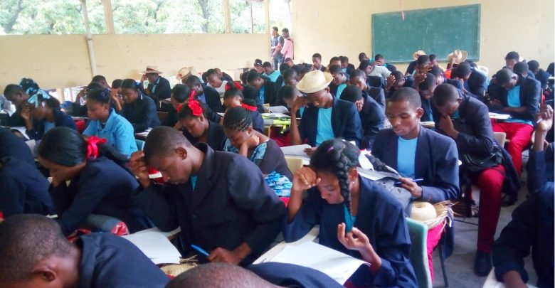 L'UEH sensibilise les jeunes aux valeurs universitaires et citoyennes