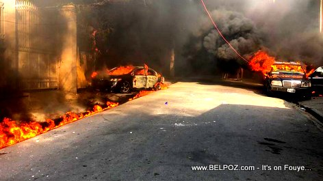 burning cars around Radio Caraibes credit The Haitian Internet